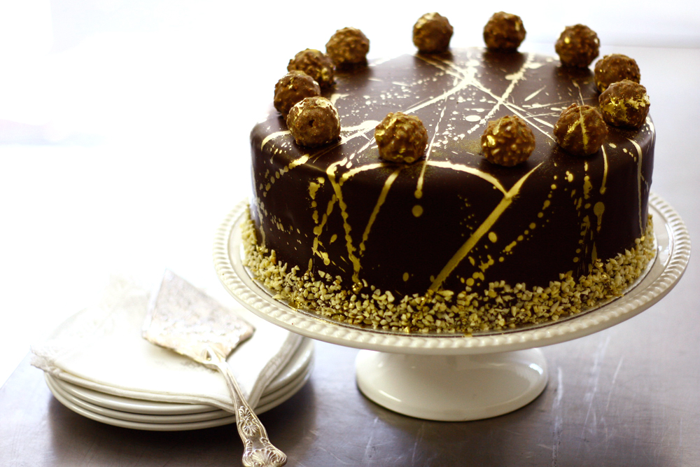 Ferrero Rocher Cake 180 Degrees Catering Amp Confectionery